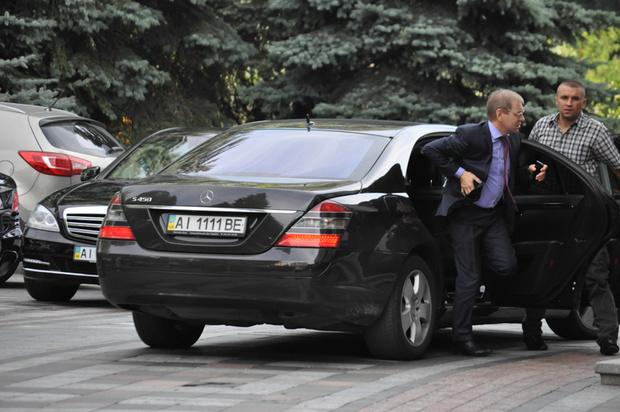 Назван нардеп Украины с самыми дорогими авто