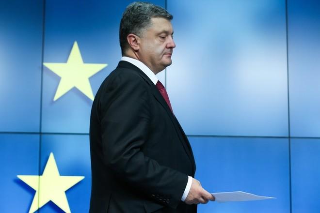 Порошенко ожидает новостей относительно санкций против РФ в ближайшие дни