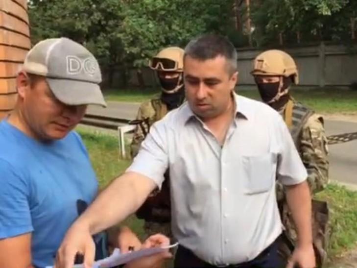 У Ляшко показали следователя ГПУ, который приходил с «ошибочным» обыском (ФОТО)