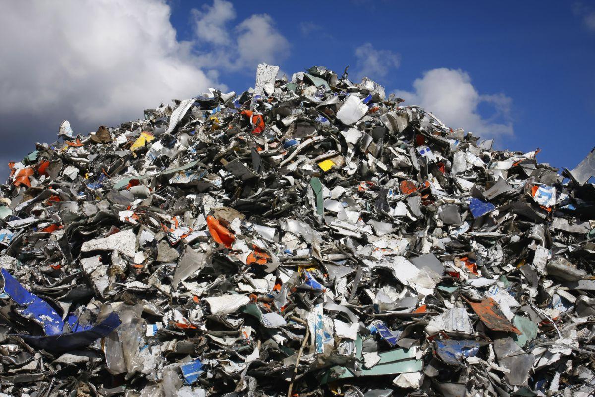 Жители Киева протестуют против утилизации львовского мусора