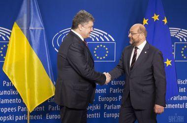 Порошенко в Брюсселе проводит переговоры с президентом Европарламента