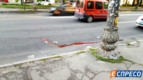 В Киеве машина насмерть сбила пешехода на зебре