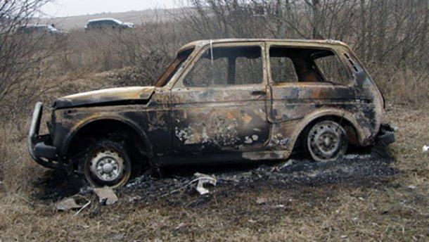 Семь автомобилей сожгли в Житомире: два из них принадлежат пограничникам