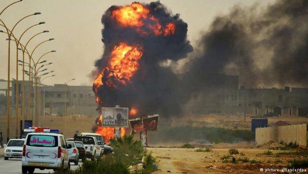 На складе оружия в Ливии произошел взрыв, около 30 погибших