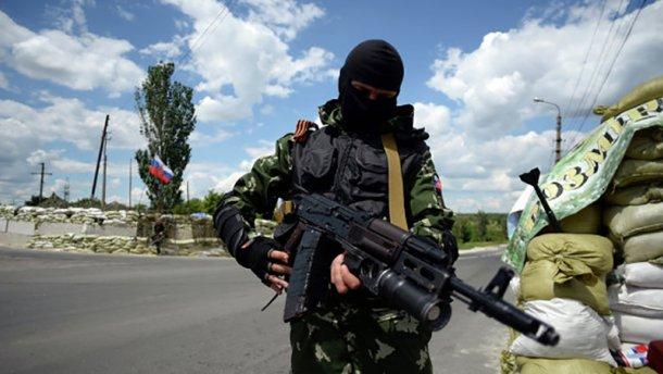 Боевики палят из тяжелого вооружения: 28 обстрелов за сутки