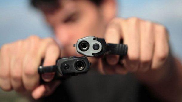 Пьяные полицейские устроили стрельбу в Харькове, есть пострадавшие