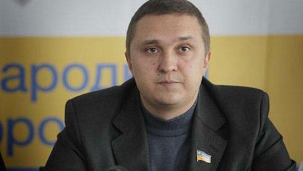 Лозовой обвинил «Народный фронт» в подкупе избирателей. Яценюк пока молчит