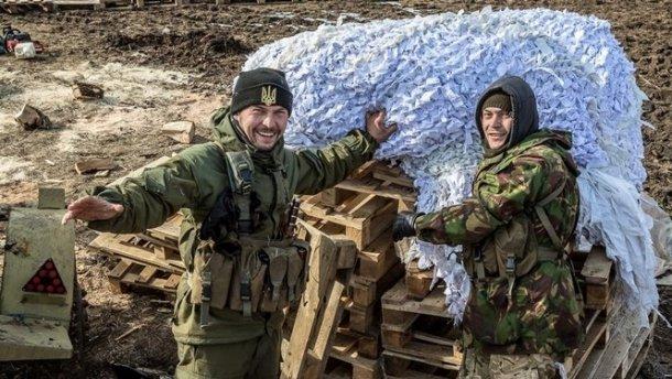 Украинские бойцы смело потролили боевиков на Донбассе