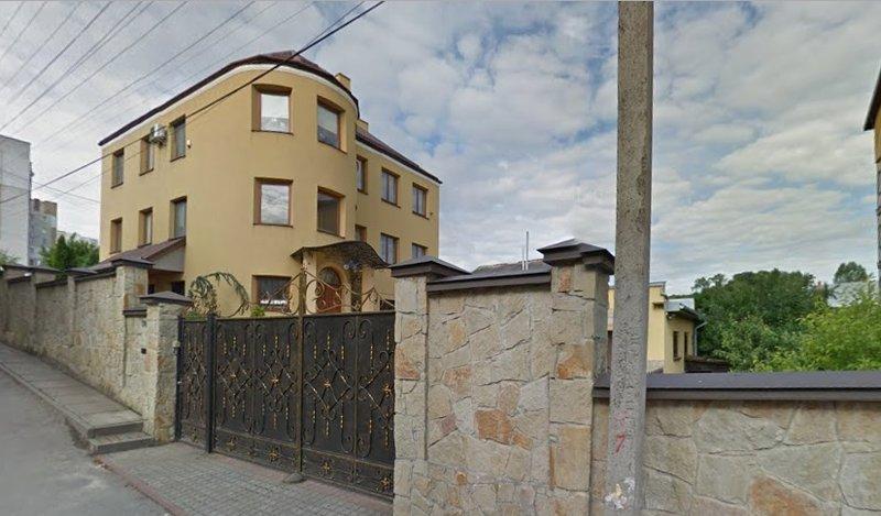 «Щедрые подарки» руководителям таможенных постов во Львовской области
