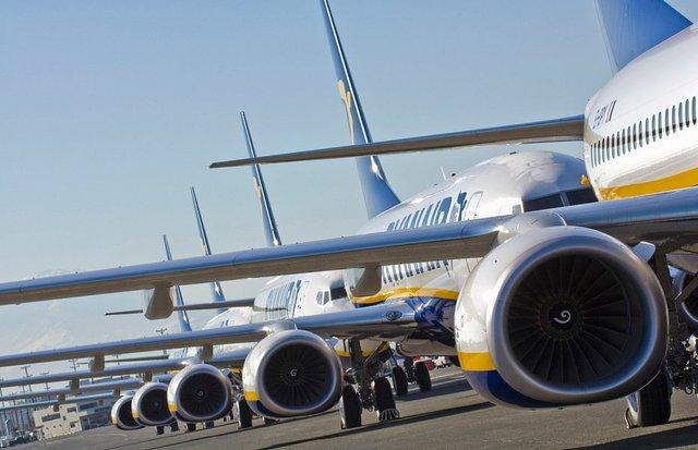 Как зарабатывать на авиарынке? Уроки Коломойского