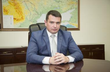 Стало известно, сколько в июне заработал главный антикоррупционер Украины