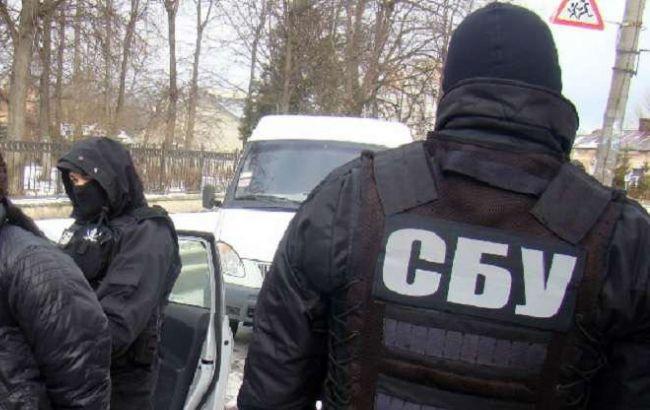 СБУ задержала 2 прокуроров на вымогательстве денег у подозреваемого в госизмене