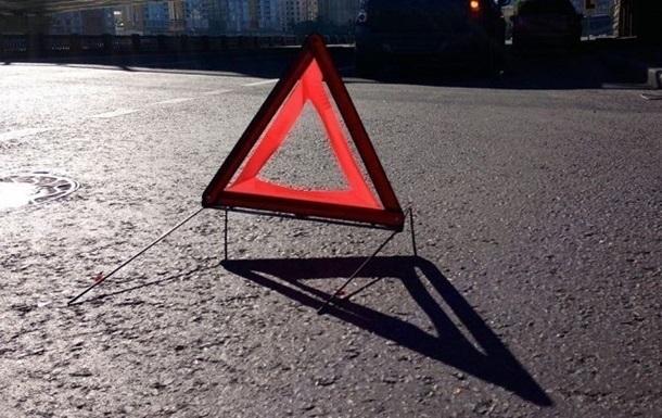 На Львовщине бус врезался в пассажирский автобус (ФОТО)