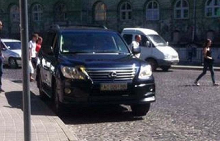 Во Львове полиция оштрафовала президента ФК «Карпаты» (ФОТО)