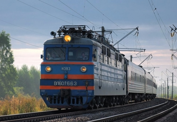 На Полтавщине под колесами поезда погиб подросток