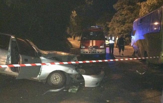 В Харькове в ДТП с участием маршрутки погибли два человека