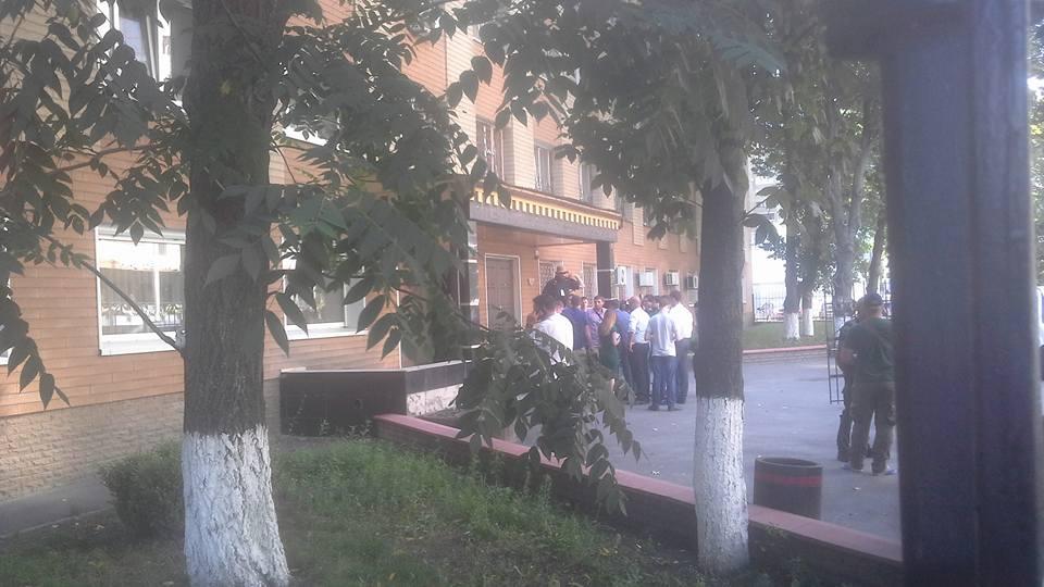 В Киеве избили подозреваемых в убийстве Бузины, Медведько и Полищука, — нардеп