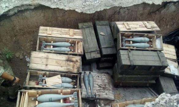 В Донецкой области СБУ обнаружила в тайнике больше сотни мин