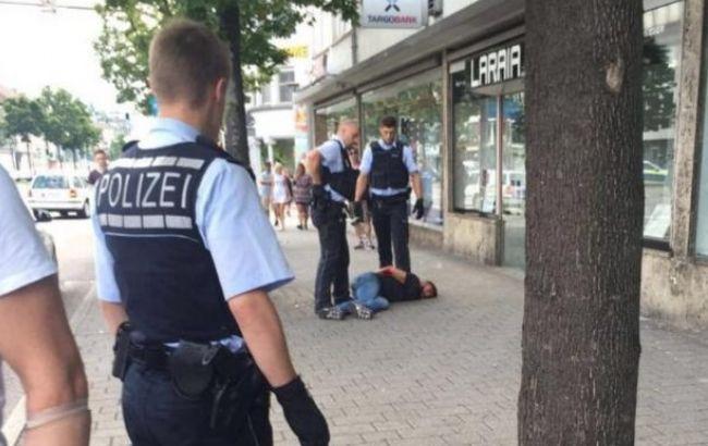 В Германии мужчина с мачете напал на прохожих, есть жертвы