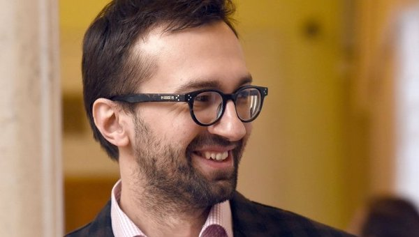 «Шустера можно не включать»: Лещенко засекли в ресторане в компании опального олигарха
