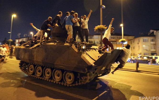 Власти Турции восстановили контроль над страной — Reuters