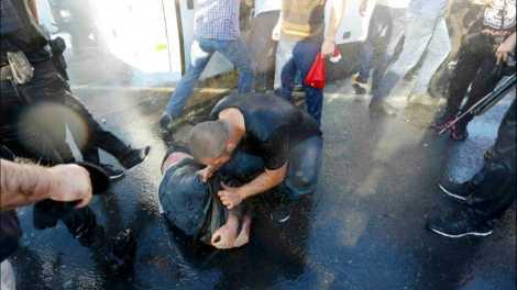 В Стамбуле обезглавили военного