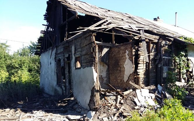 В Торецке боевики обстреляли дома мирных жителей