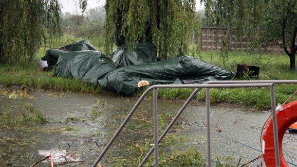 Ураган в Северодонецке: разрушен палаточный городок вынужденных беженцев (ФОТО, ВИДЕО)