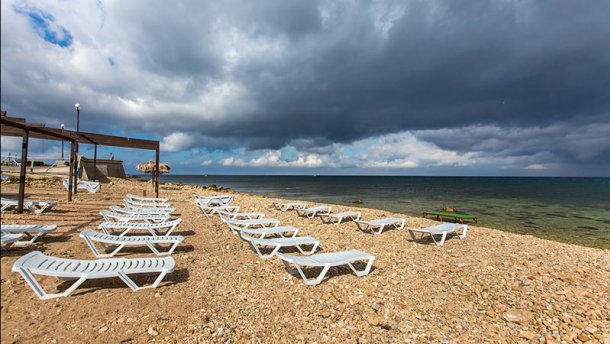Оккупанты Крыма признали провал туристического сезона