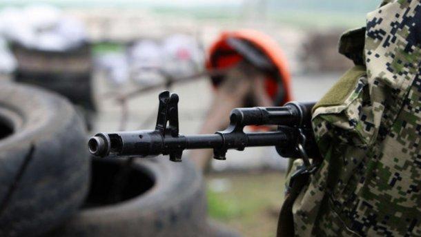 «Горячие» сутки на Донбассе: оккупанты 61 раз обстреляли позиции сил АТО из запрещенного оружия