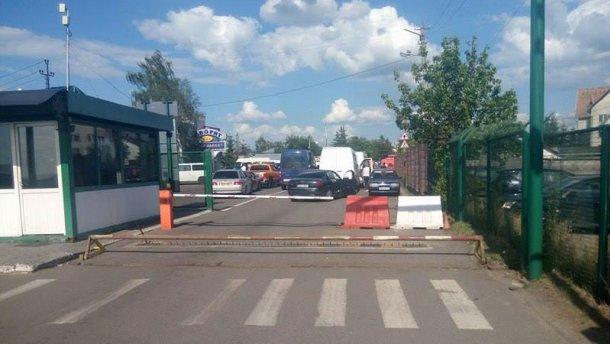 Ситуация на границе с Польшей: один пункт пропуска остается заблокированным