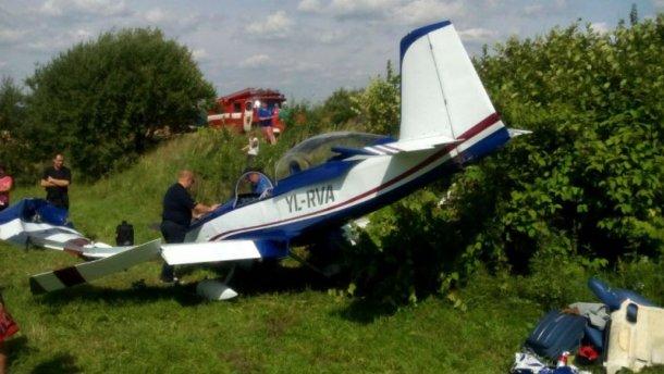 На Львовщине разбился самолет с иностранцами