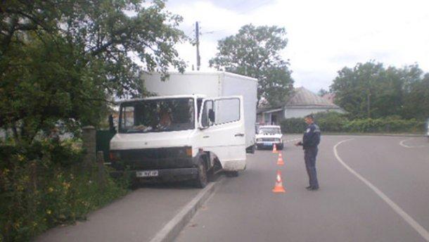 Пьяный водитель на грузовике насмерть сбил велосипедиста (ФОТО)