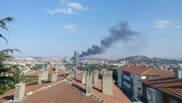 В столице Турции прогремел мощный взрыв (ФОТО, ВИДЕО)
