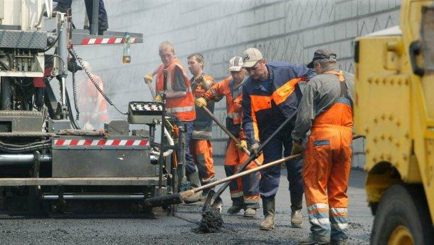 Кличко озвучил солидную сумму, которую потратят на ремонт киевских дорог
