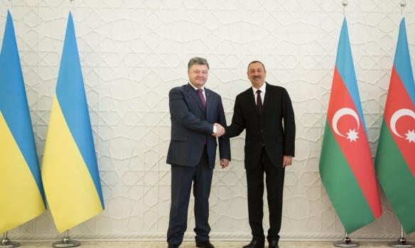 Стало известно, о чем договорился Порошенко с президентом Азербайджана