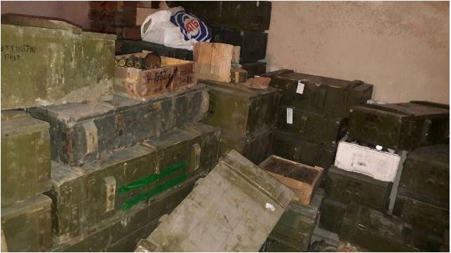 Силовики обыскали полк «Днепр-1»: Изъято рекордное количество оружия