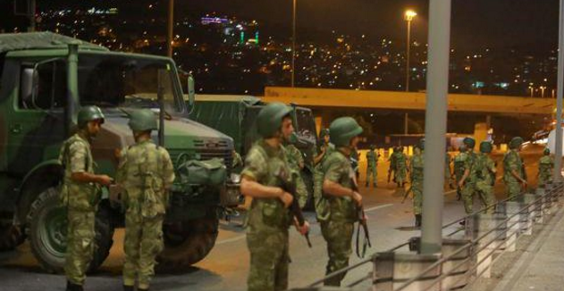 В Турции задержали трех военных, которые готовили покушение на Эрдогана