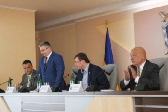 «Цимборы должны закончиться»: Луценко рассказал о провокационной SMS из Закарпатья