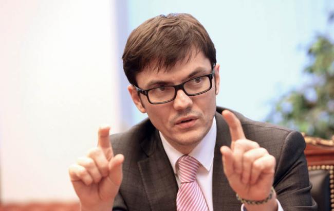 На ремонт дорог в Украине в 2017 будет выделено вдвое больше средств, — Омелян