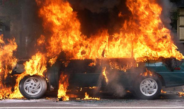 Во Львовской области взорвался Mercedes — трое погибших