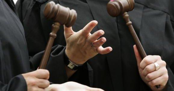 Рева объяснил, почему судьи зарабатывают больше, чем Порошенко