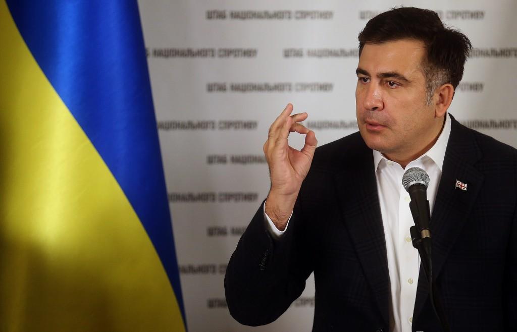 В Киеве угнали бронированный внедорожник Саакашвили