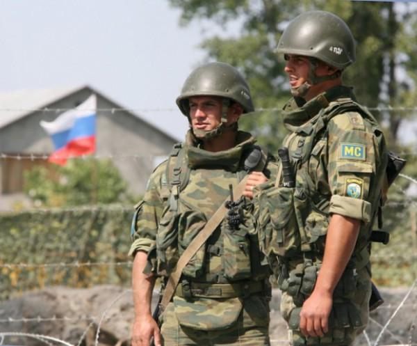 Военные РФ на Донбассе застрелили своего командира