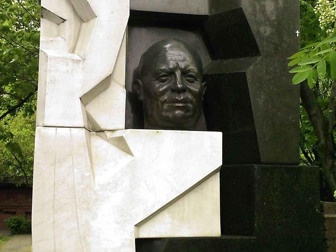 В Нью-Йорке умер скульптор «дегенеративного искусства»