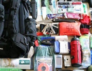 Тревожный чемодан: вещи, которые нужно иметь на случай войны (ИНФОГРАФИКА)