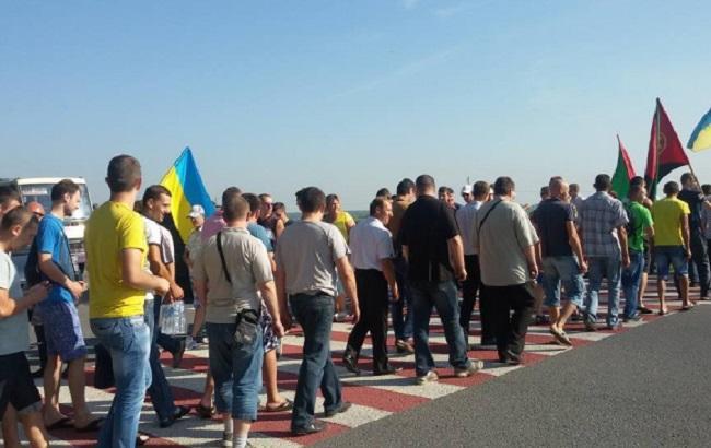 Львовские шахтеры перекрыли один из выездов в Польшу