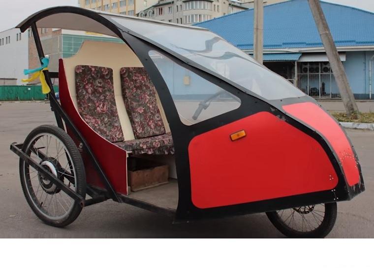 Мужчина собственноручно создал электромобиль, на котором можно проехать сто километров за шесть гривен (ВИДЕО)