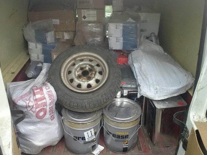 СБУ задержала в зоне АТО незаконные грузы на полмиллиона гривен (ФОТО)