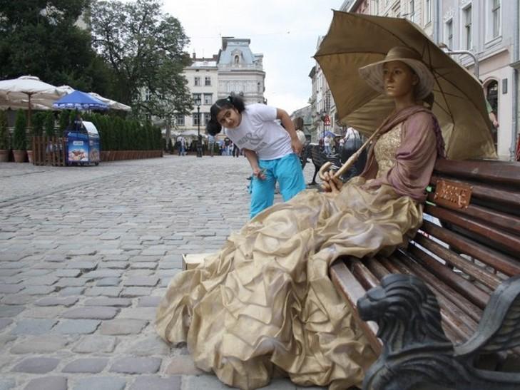 Семь причин не ехать во Львов в августе (ФОТО)